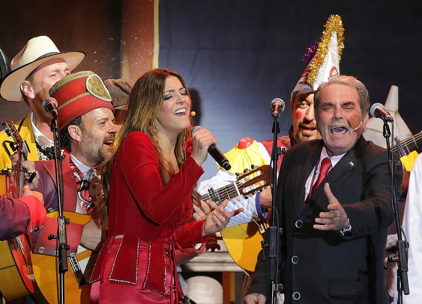 Merche pregona el Carnaval de Cádiz