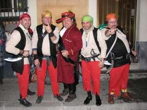 El Capitán Mojarra y los piratas macarra