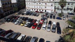 El solar del Museo del Carnaval se convierte en el 'parking' de La Viña