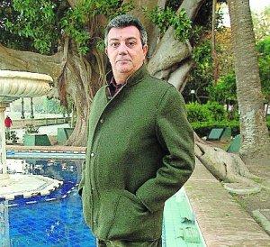 Quiñones, reelegido presidente de los antifaces de oro