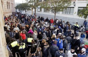 Fiestas prevé cambios para erradicar las colas en 2013