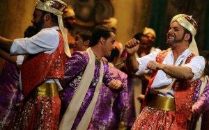 'Bollywood' anima la segunda semifinal en el Muñoz Seca
