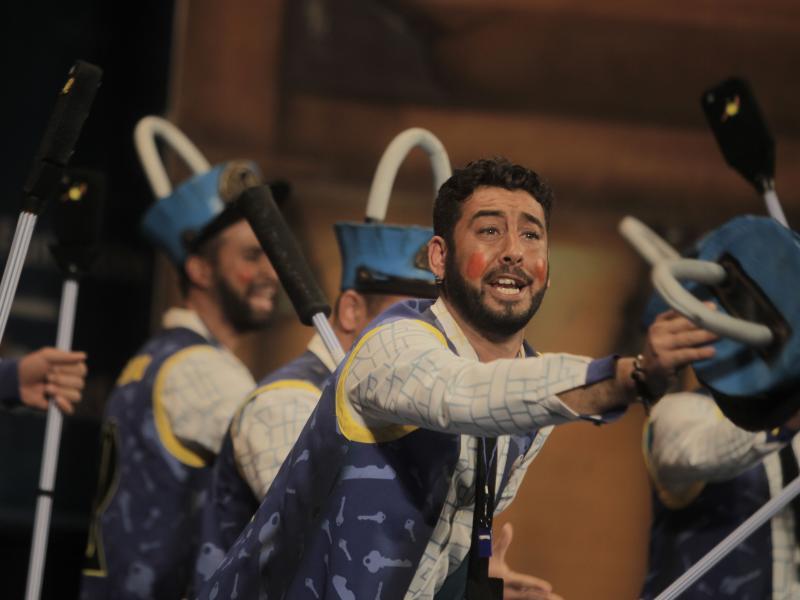 Chiclana pone el compás la noche que Sevilla le toma la medida al Falla