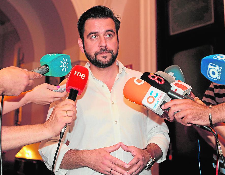 El PSOE está abierto a una mayor participación y a la espera del regidor