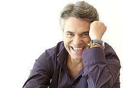 Agustín Bravo se convierte en protagonista incluso con el telón echado