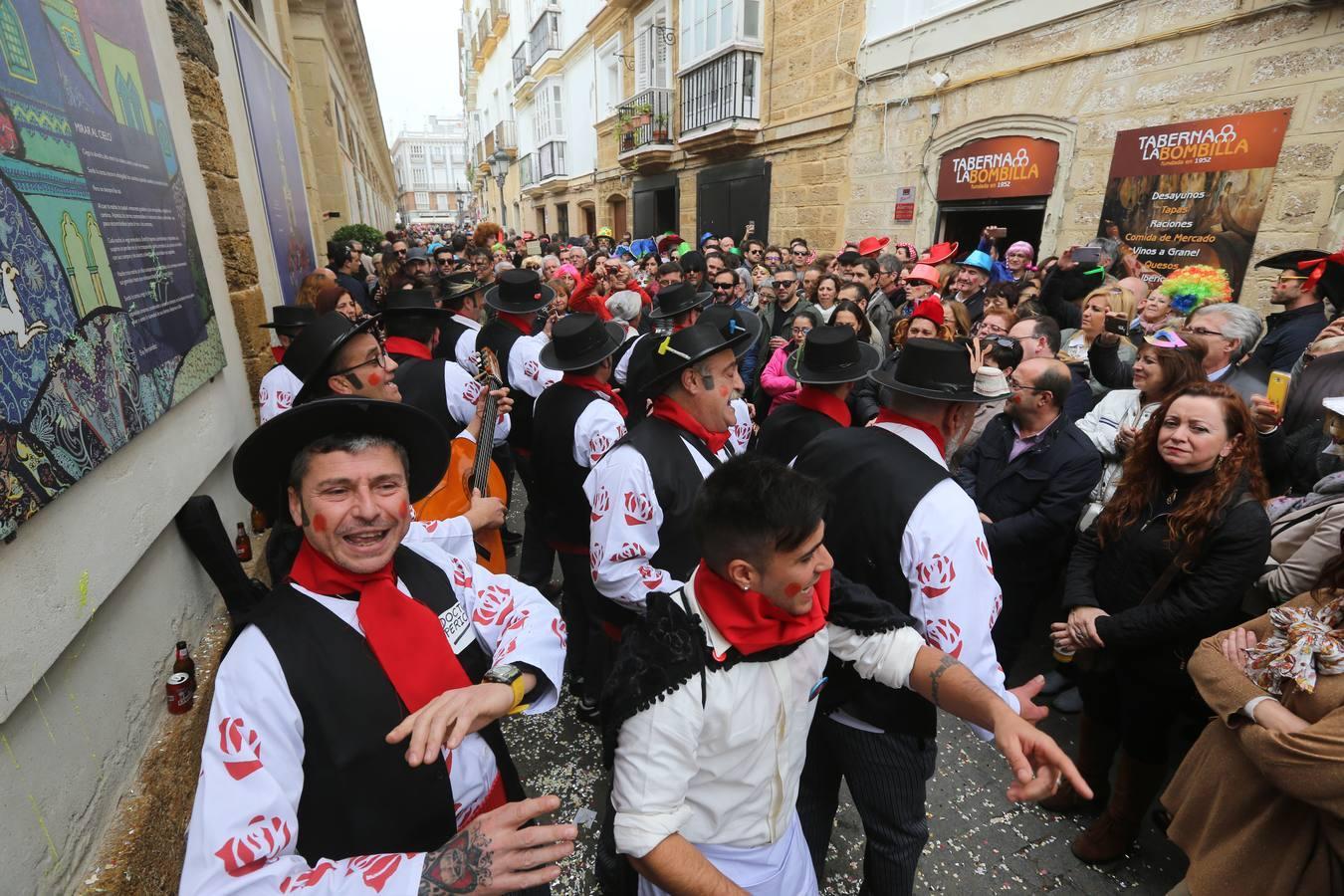 Cádiz se vuelca con su Carnaval