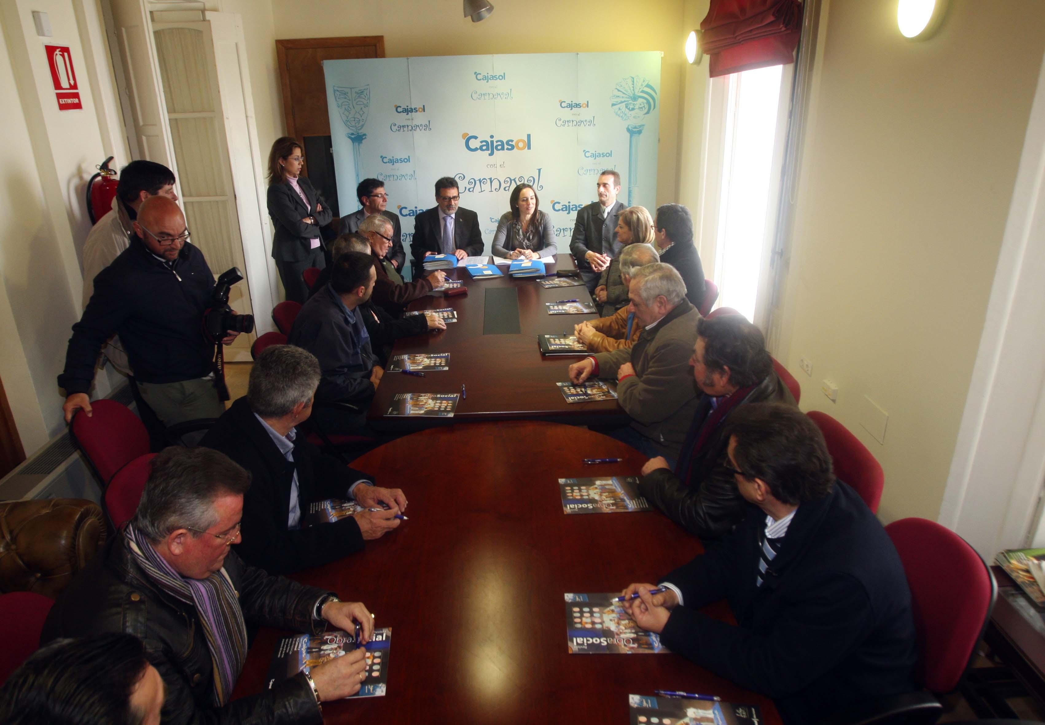 Convenio de Cajasol con la Federación de Peñas