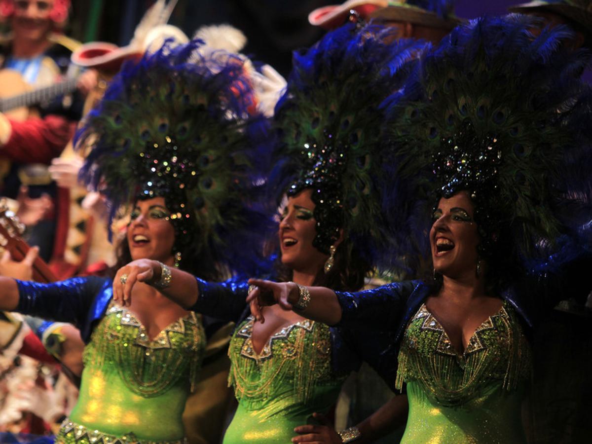 Oviedo se gastará más de 40.000 euros para disfrutar del Carnaval de Cádiz