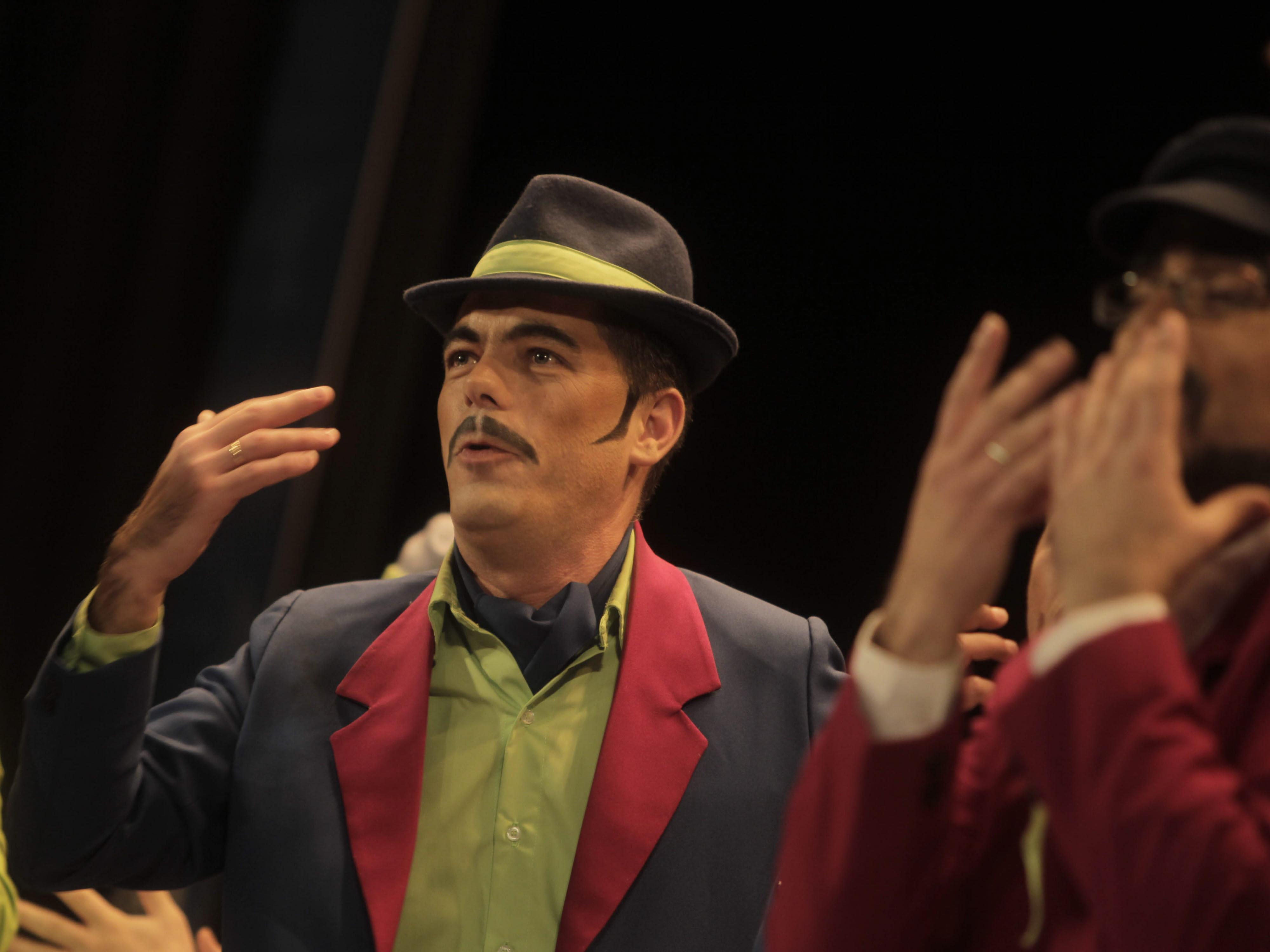 'El Vapor del Sur', el coro con el que Paco Mora celebra su 20 aniversario