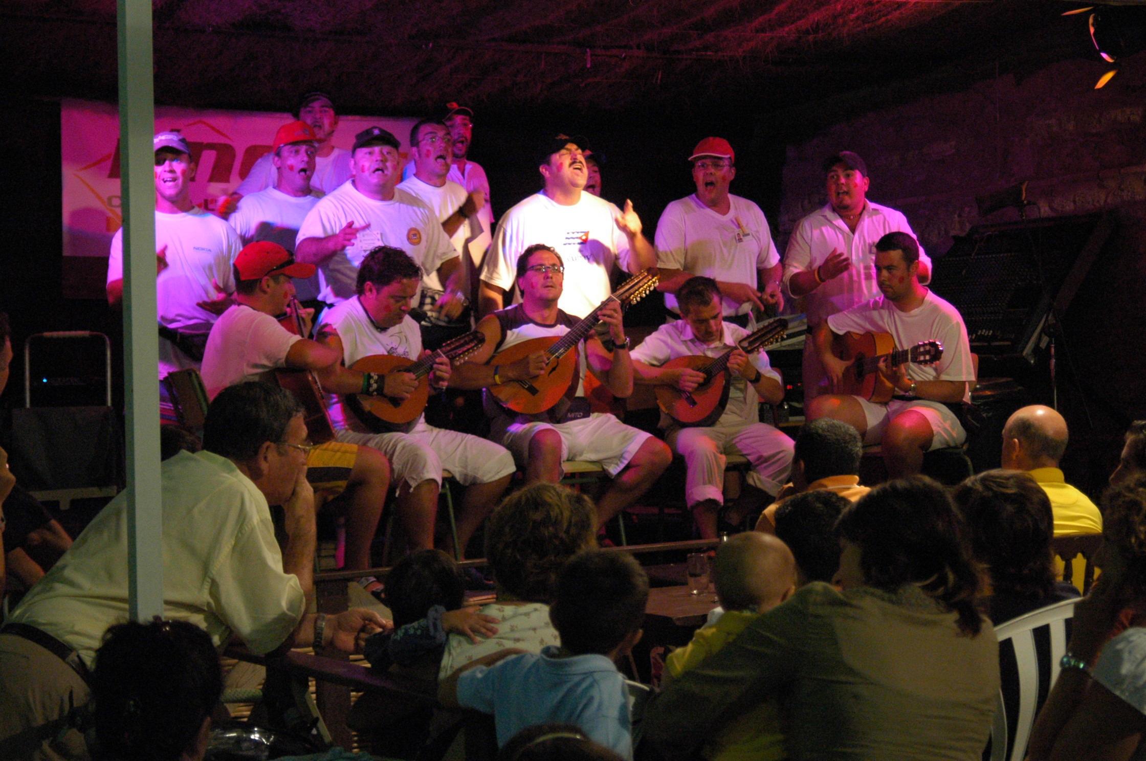 Piden declarar el concurso de minicoros como Fiesta de Interés Turístico Local