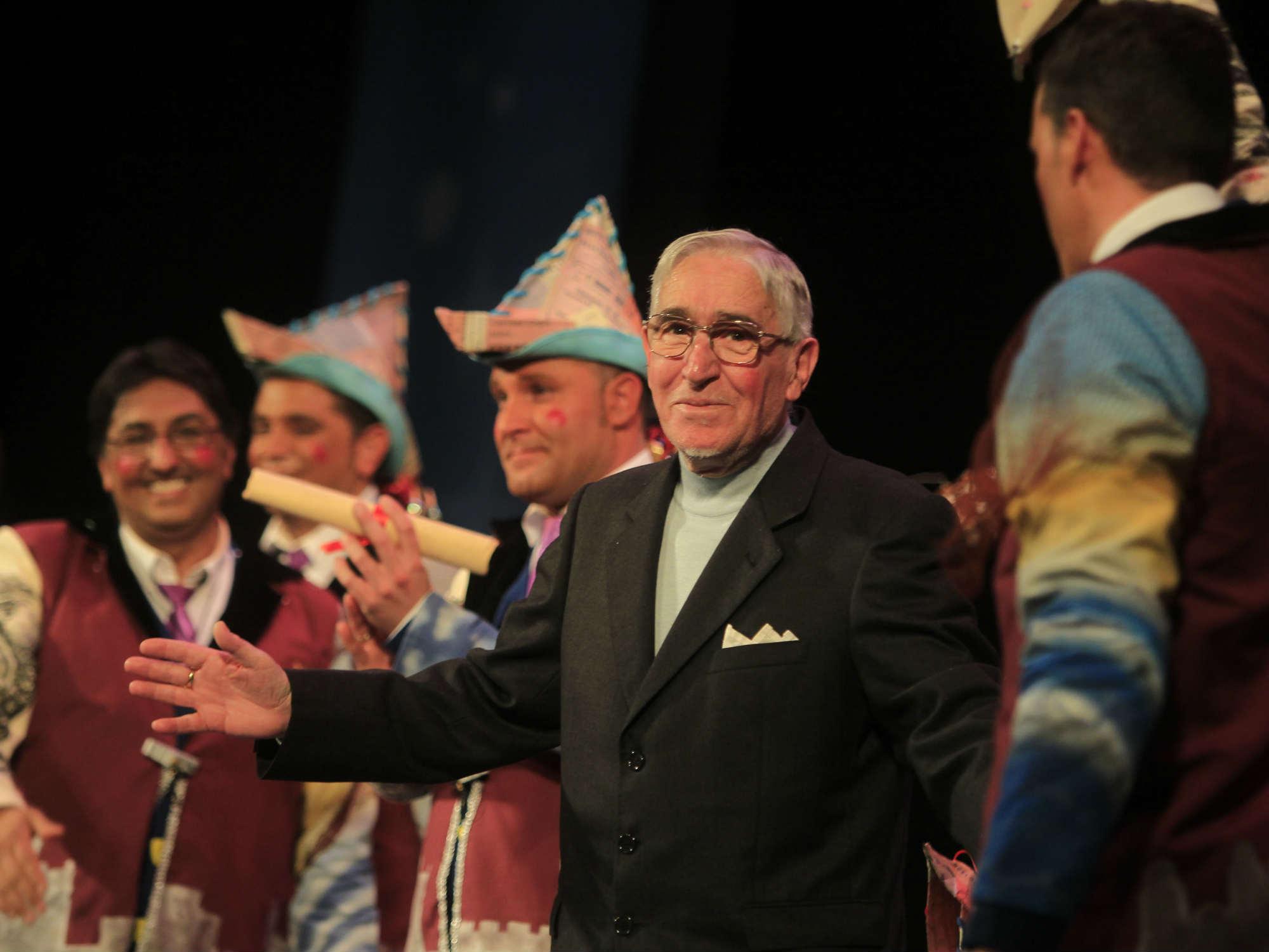 Diego Caraballo imparte lecciones en el Gran Teatro Falla