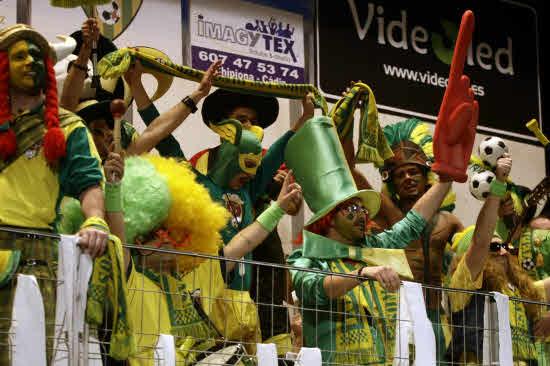 Gala benéfica de Carnaval en la Sala Anfiteatro