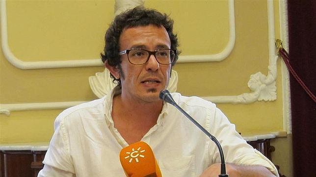 'Kichi' llora «como un chiquillo» con el pasodoble de la comparsa de Germán García
