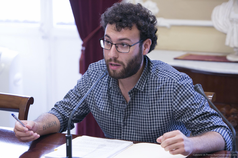 Martínez de Pinillos: «Acataré el dictamen en pro del consenso»