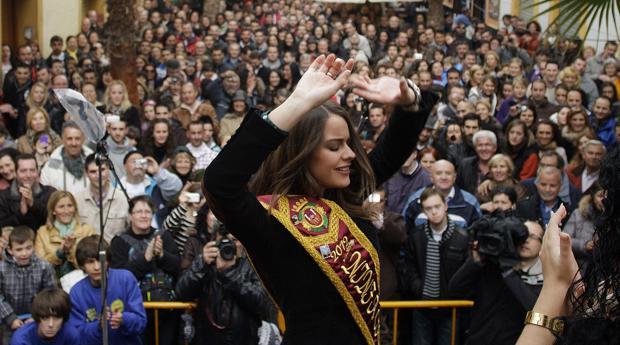 La plataforma para eliminar las ninfas gana apoyos y se reúne con el PSOE
