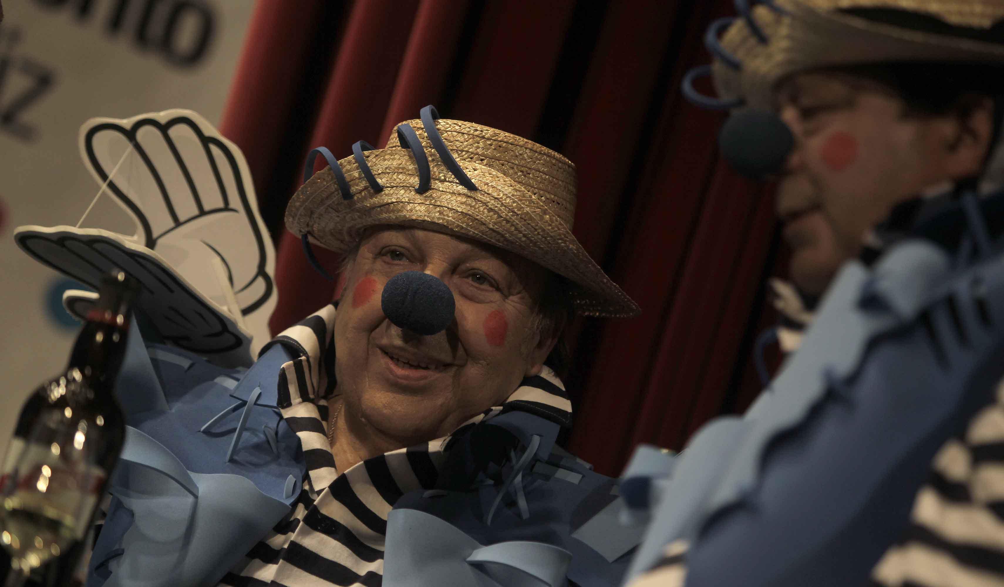 Paco Cepero se estrena como corista con 'Los palmeros'