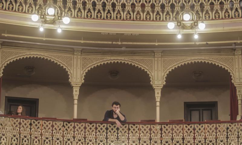 El palco se queda vacío