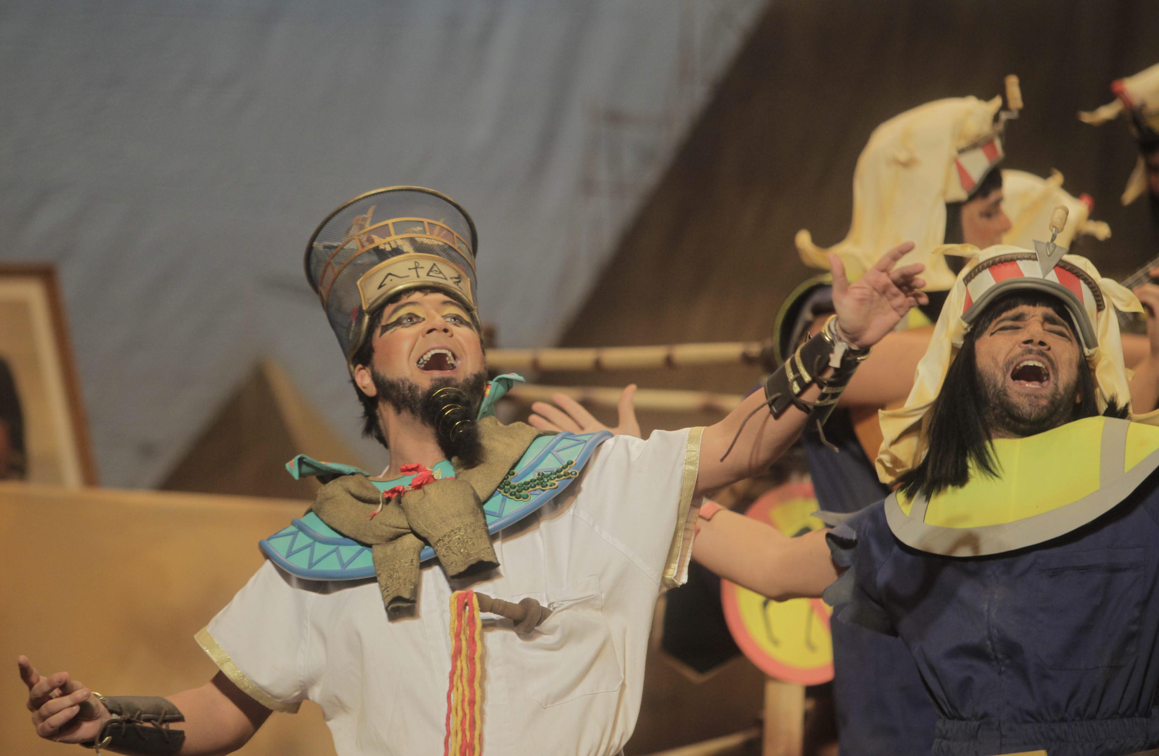 Arrancan las coplas de carnaval en el Baluarte