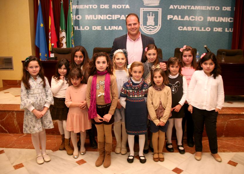 Lucía García Ruiz, elegida Sirena Infantil del Carnaval 2013 de Rota