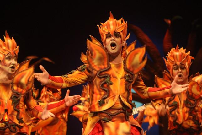 Actuación de la comparsa Los incontrolables Carnaval de Cádiz 2018