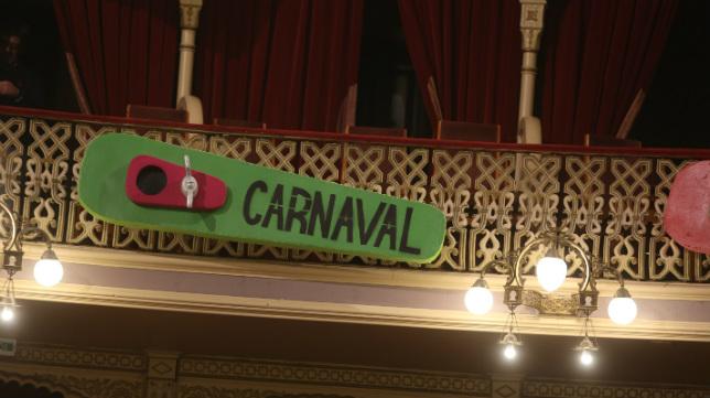 El Carnaval de Cádiz en el Falla.