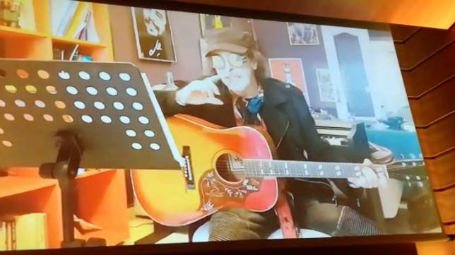 Juan Carlos Aragón, en el vídeo que grabó para el premio Baluarte del Carnaval.